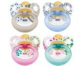 NUK 10173014 - Latex Beruhigungssauger (Schnuller) Happy Kids, Größe 3 (ab 18 Monate), kiefergerecht, BPA-frei, 2 Stück, Farbe nicht frei wählbar